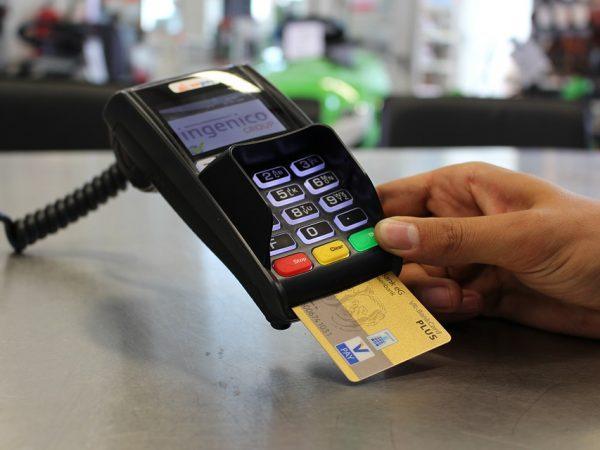 Les détails à prendre en compte avant de s'inscrire dans une banque